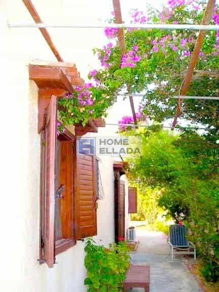 Πώληση - Σπίτι δίπλα στη θάλασσα Λαγονήσι (Αττική)