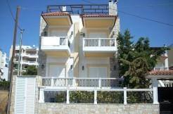 Таунхаус в Афинах ( Глифада )