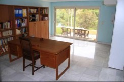 apartment by the sea in Vouliagmeni3