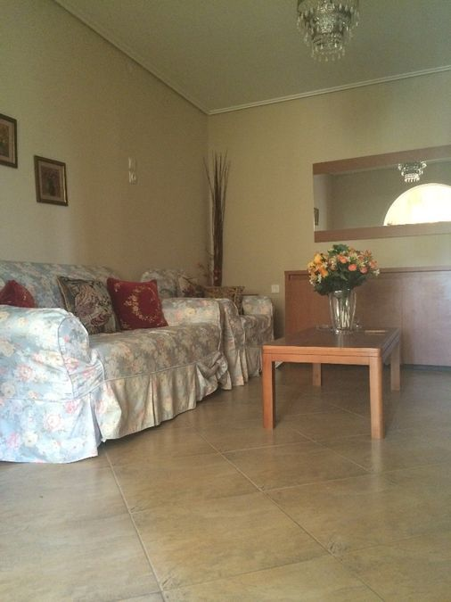 rent a house in Athens for a month3