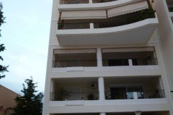 Купить 3-х комнатную квартиру в Афинах.