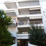 Apartment Athens Varkise in Greece by the sea