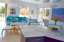 Πώληση - διαμέρισμα στη Βάρκιζα - Αθήνα (500 μ. Από τη θάλασσα)