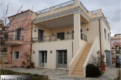 Дом 500 кв.м в пригороде Афин с видом на море