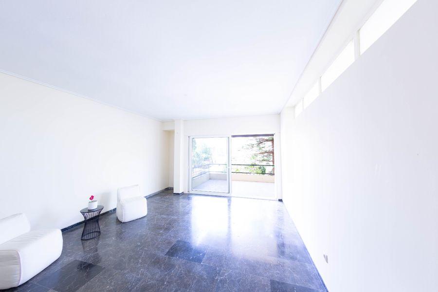 出售-沃拉中心(雅典)海边公寓90平方米