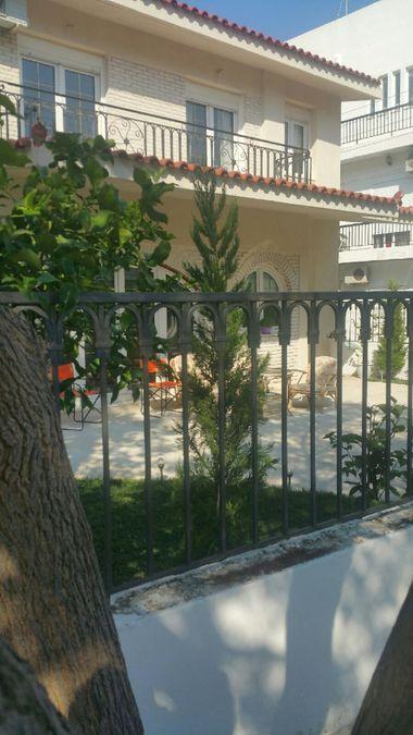 Дом в Глифаде Афины11