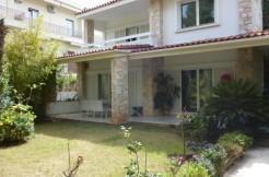 Купить недвижимость в Греции дом в Глифаде