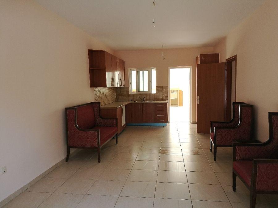 Property in Varkiz7