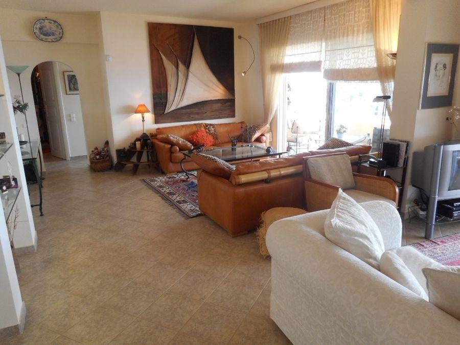 Apartment for sale in Saronida2