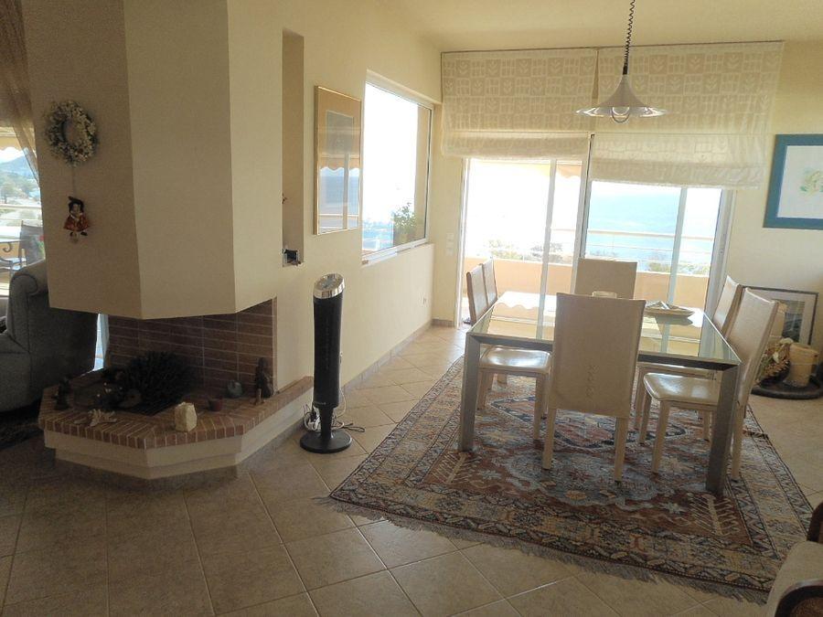 Apartment for sale in Saronida3