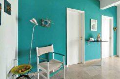 Νοικιάστε ένα διαμέρισμα δίπλα στη θάλασσα στη Βάρκιζα (Αθήνα)