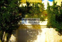 villa in the fashionable area of Vouliagmeni