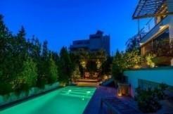 Property in Greece Vari