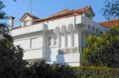 Sale - house by the sea in Vouliagmeni (Athens) 620 m²