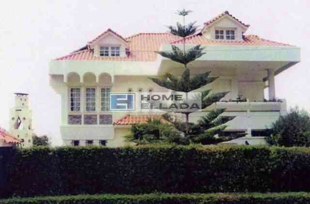 Πώληση - παραθαλάσσια κατοικία στη Βουλιαγμένη (Αθήνα) 620 m²
