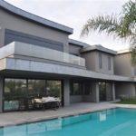 villa to buy in Greece Vari