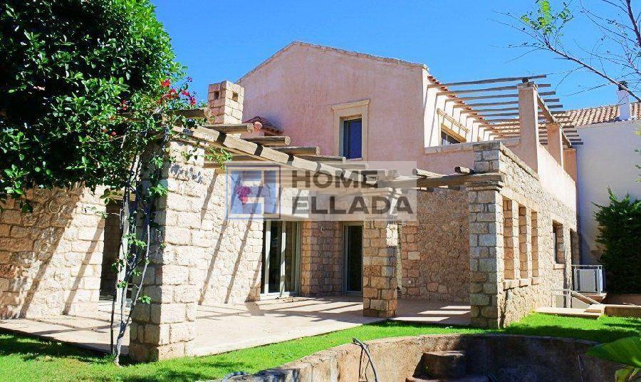 купить частный дом Греции Варкизе