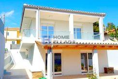 Αθήνα - Πόρτο Ράφτη, ένα σπίτι στην Ελλάδα δίπλα στη θάλασσα