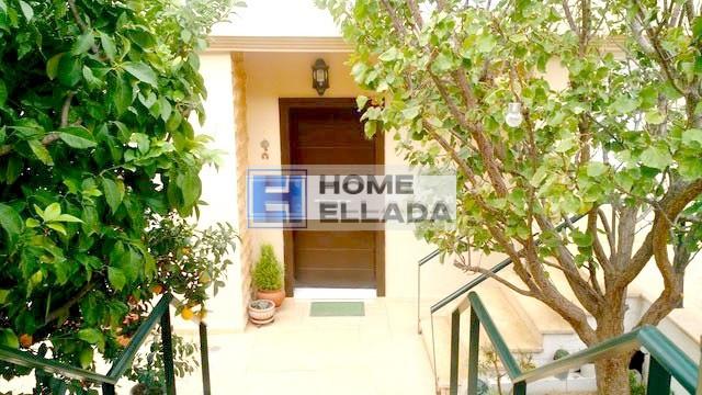 Недвижимость в Греции 180 м² Афины - Вула