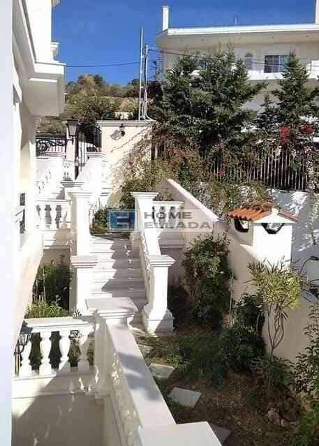 Πώληση - Άλιμος -Καλαμάκι (Αθήνα) 160 τ.μ. σπίτι δίπλα στη θάλασσα