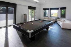 Sale - real estate by the sea Vari-Varkiza (Athens) 500 m²