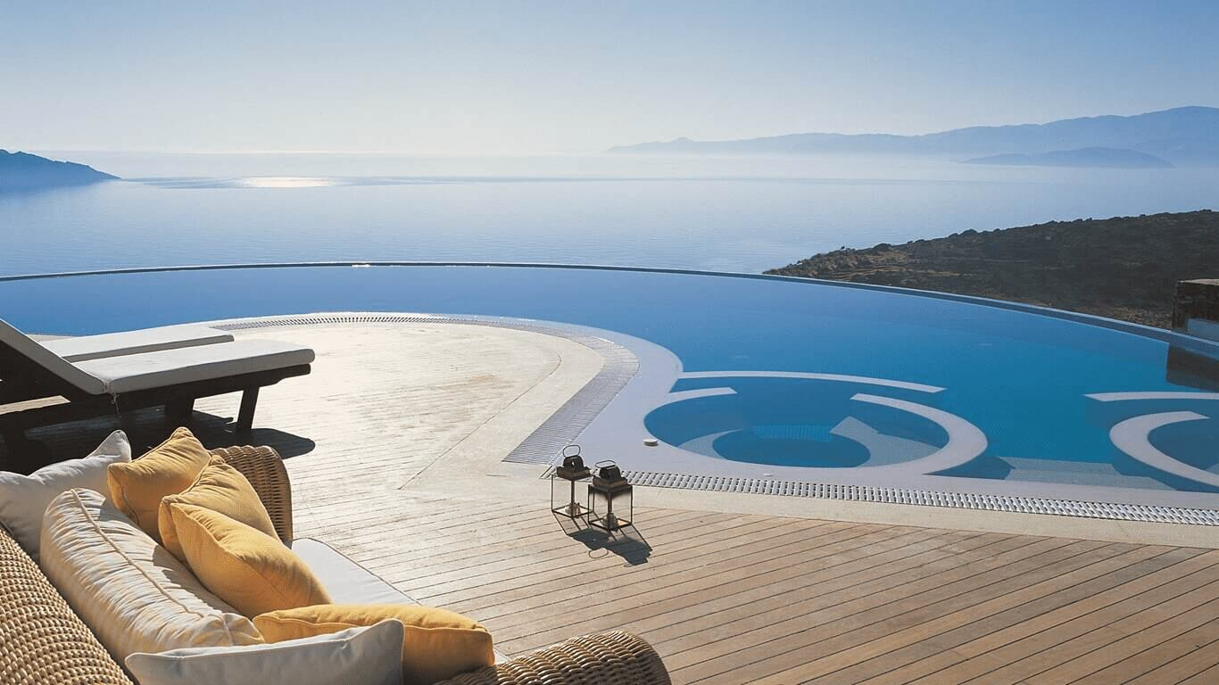 Relax in Greece, in your own home!