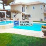 Rent a villa in Attica Lagonisi (Athens) with a pool of 260 m²