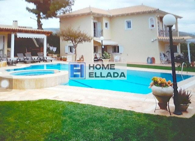 260 м² вилла с бассейном Лагониси — Аттика