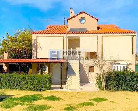 Недвижимость Греции дом в Агия Марина (Аттика)