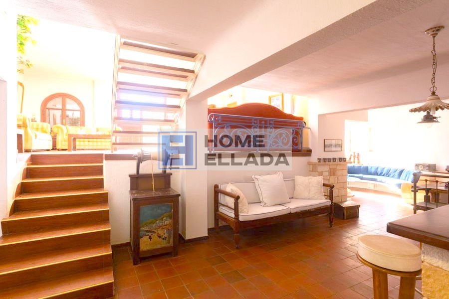 Buy real estate in Greece 415 m² Voula (Athens)