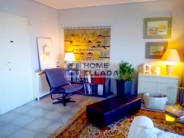 Ένα διαμέρισμα στον όροφο 120 τ.μ. Αθήνα-Γλυφάδα