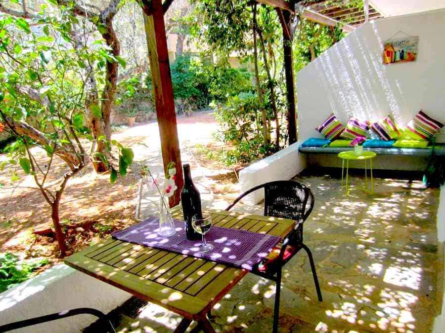 Athens by the sea daily and long-term rentals Varkiza