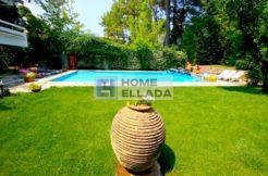 Недвижимость 600 кв м Афины - Экали / с бассейном