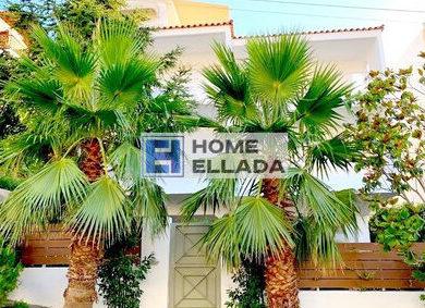 Σπίτι δίπλα στη θάλασσα Αθήνα - Βούλα 315 τ.μ.