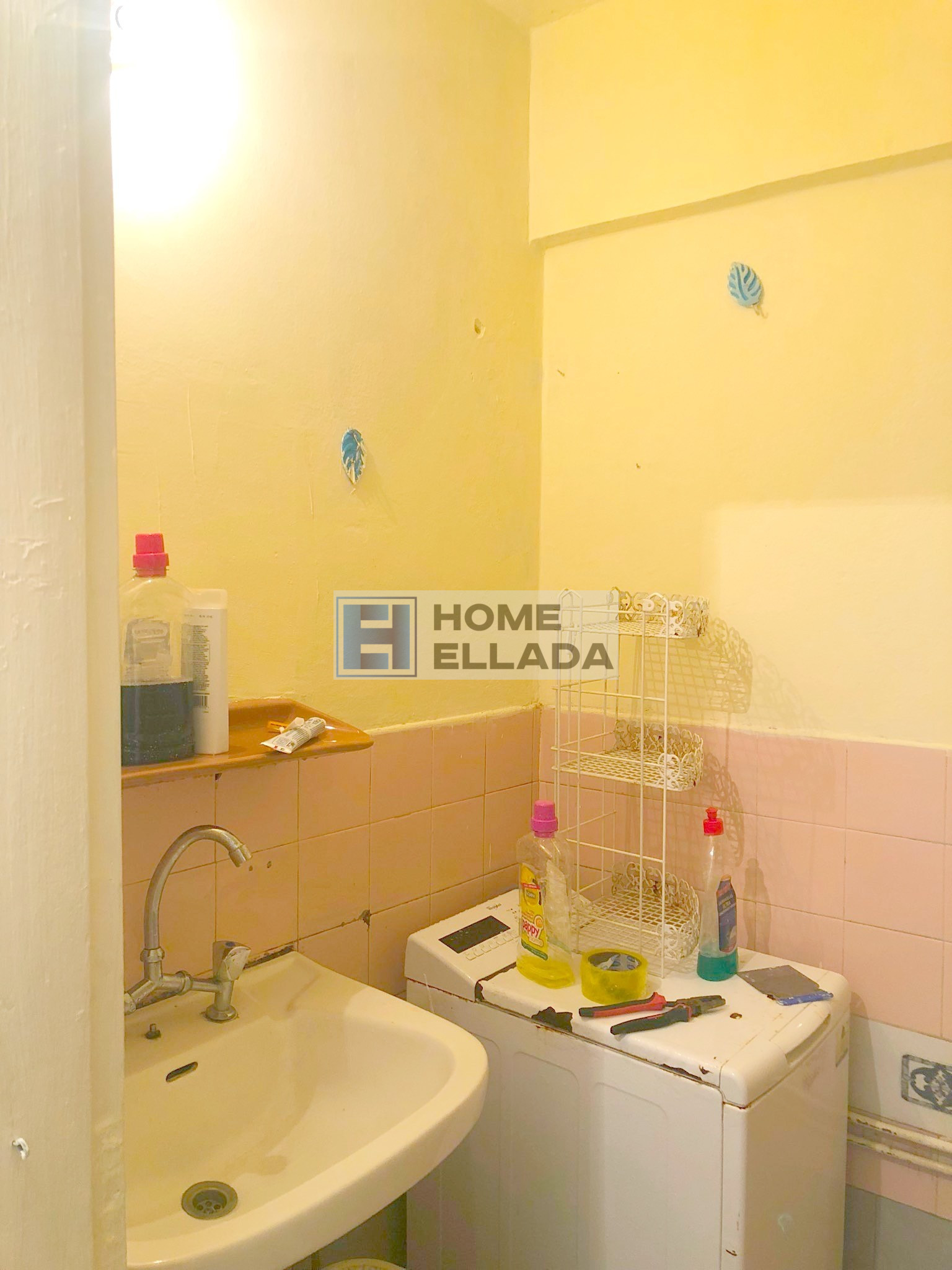 Cheap apartment in Athens - Kipseli