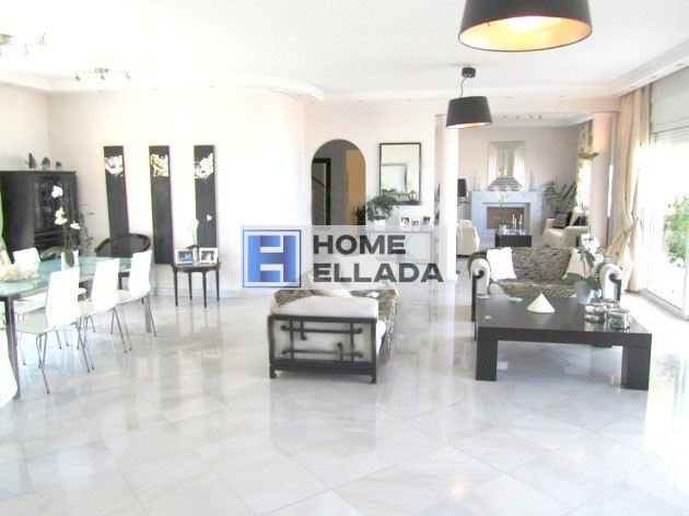 580 sq m house in Glyfada - Athens with pool