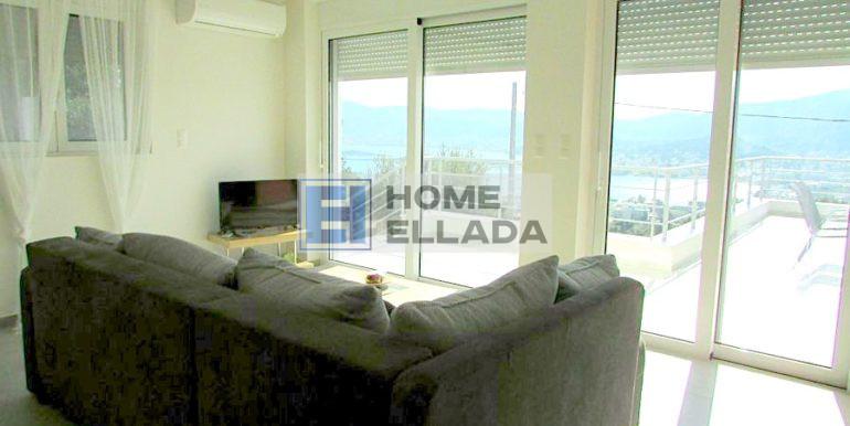 Аренда апартаментов с видом на море Порто Рафти