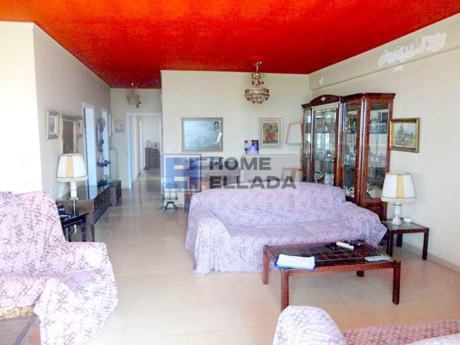 Διαμέρισμα 130 τ.μ. στη θέα στη θάλασσα της Γλυφάδας