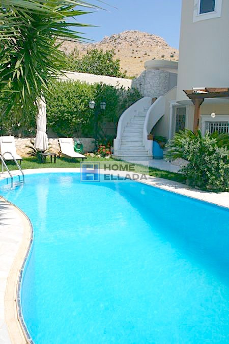 Σπίτι 580 τμ στη Γλυφάδα - Αθήνα με πισίνα