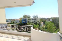 Penthouse for rent in Vouliagmeni 165 m²
