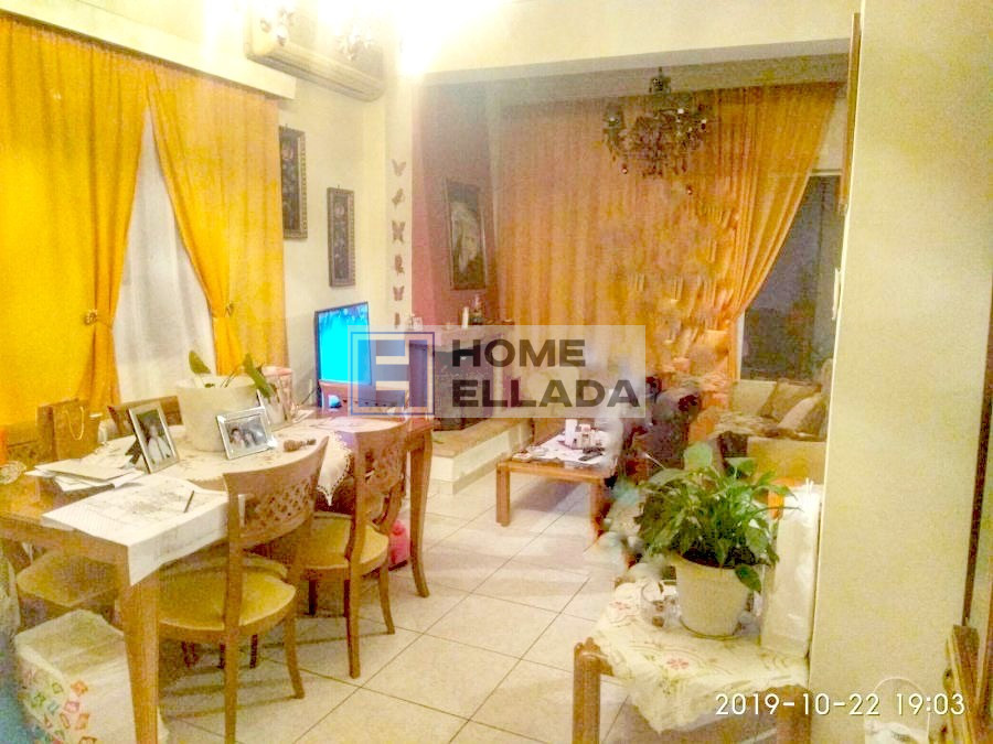 Πωλείται διαμέρισμα στη Γλυφάδα - Αθήνα 82 τ.μ. (225 €)