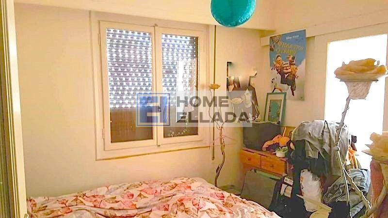 Продаётся недорого квартира под ремонт в Неос Козмос 75 м²