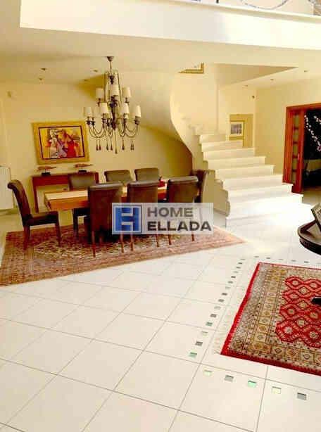 Sale - Cottage 450 m², in Agios Stefanos (Attica)