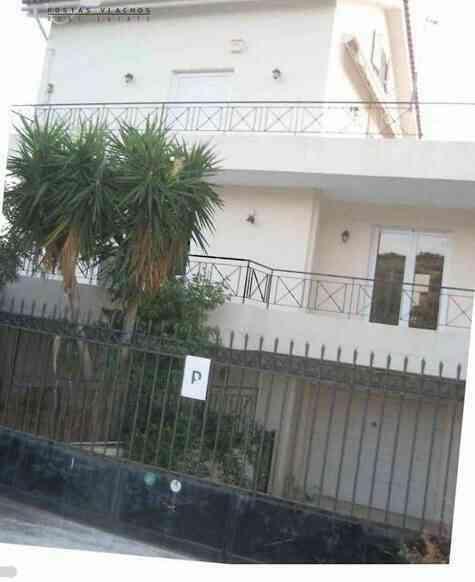 Sale - Cottage 308 m² in Koropi Agia Marina (Attica)