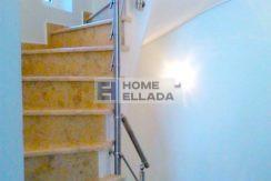 Sale - House in Attica (Lagonisi) 180 m²