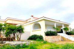 Продажа - дом в Маркопуло (Аттика) 600 м²