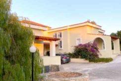 Sale - house in Markopoulo (Attica) 600 m²
