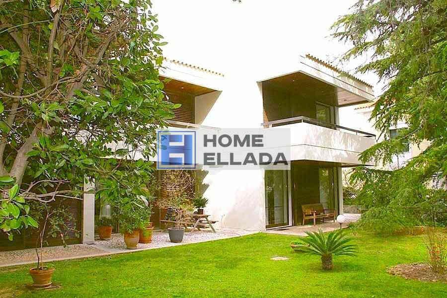 Sale - Real Estate in Athens (Ekali) 720 m²