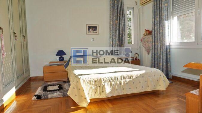 Продажа - дом в Неа Смирни 386 м² (Афины - Центр).